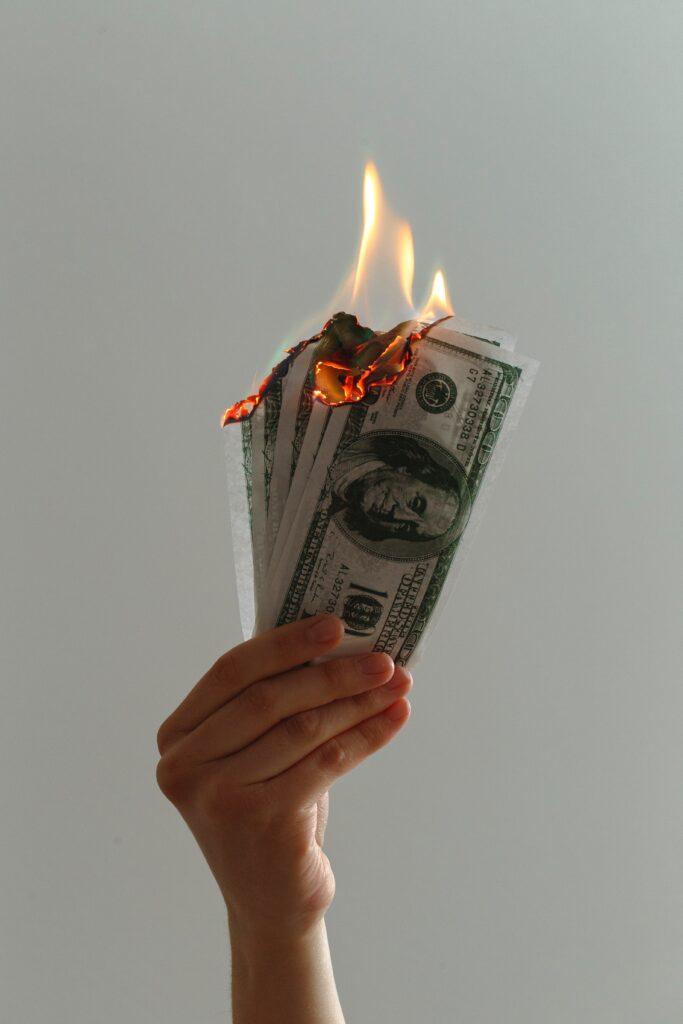 Palenie pieniędzy